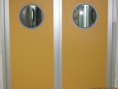 דלתות לבית חולים כולל צוהר עגול