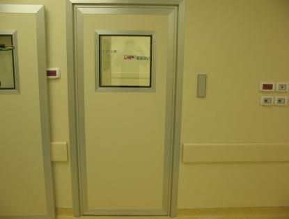 דלת לחדרי רנטגן, מעבדת עיניים