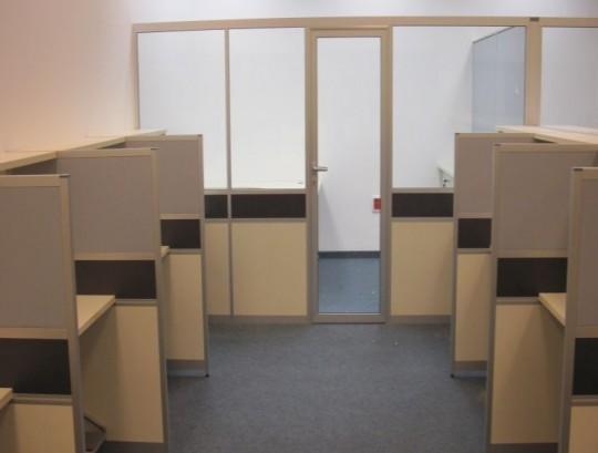 מחיצות דגם סימה לסגירת משרד מנהל כולל תוספת לחלוקה אמצעית