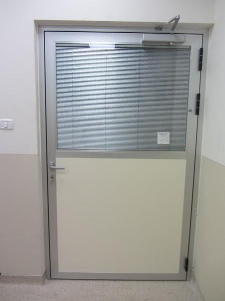 דלתות לבית חולים