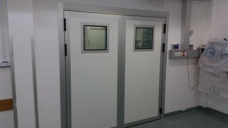 דלתות לחדר ניתוח