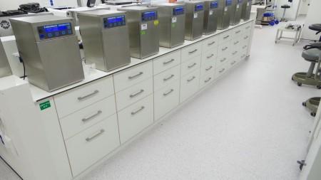 ריהוט למעבדה IVF