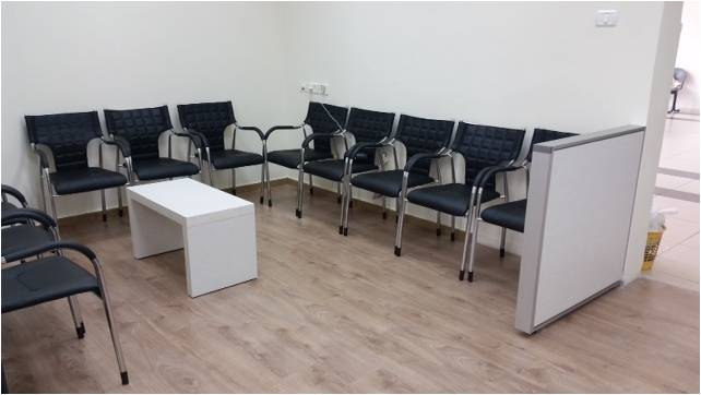 כיסאות לחדר המתנה