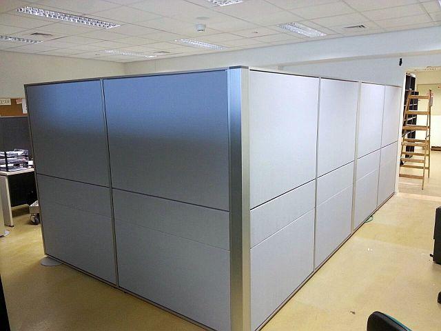 יצירת משרד עם מחיצה