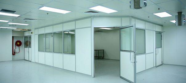 קירות דלתות ותקרה לחדר נקי
