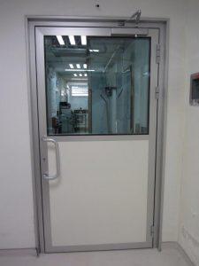 דלת כניסה במילוי כפול