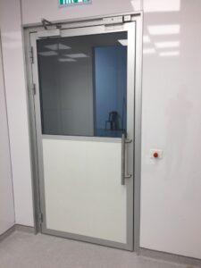 דלת נקייה למעבדה