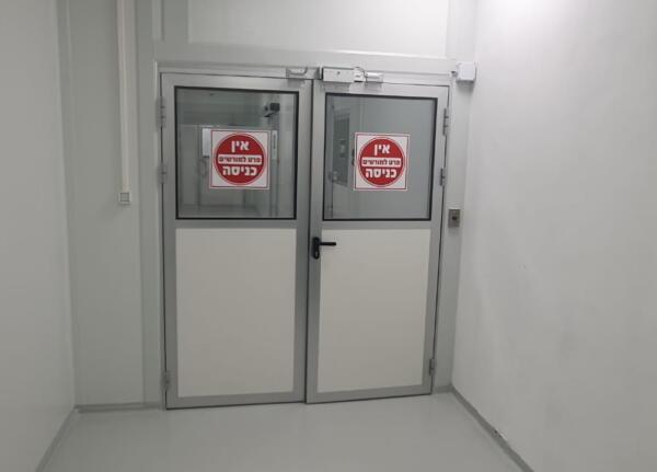 דלתות דו כנפיות