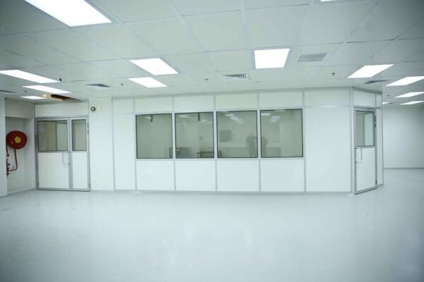 חדר נקי במפעל פארמה
